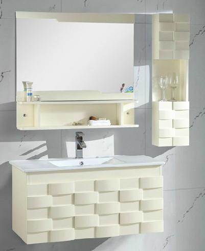 米白色卫浴柜组合,简练大方,充满时尚感。