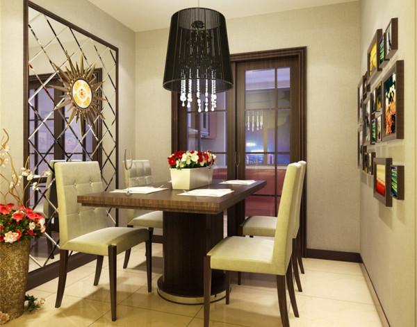 通过间接明了的设计手法,配上多元素的后期配饰,使整个家居尽可能达到宫廷华丽的欧式效果也融合在居室的时尚氛围里。