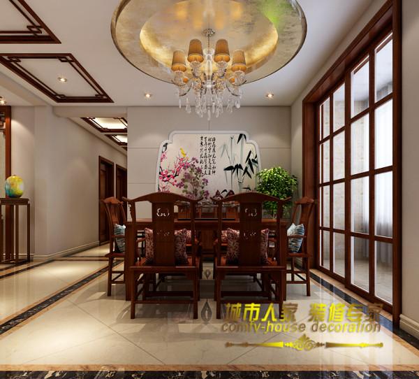 餐厅背景墙宝瓶口造型,预示着财源广进的好兆头,背景墙上的水墨画彰显了主人对中华古典文化的热爱。