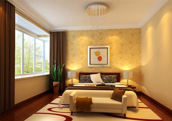 客厅的电视背景墙以黄色印花壁纸满铺,简单却又活跃。设计师将客厅与阳台之间的门设计成格栅式玻璃框架的形式,并使用本白色开放漆饰面,使得整个客厅显得更加宽敞明亮。