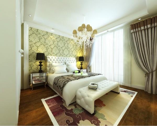 卧室是温馨花色的背景墙,搭配欧式的灯具,深色调的地板,为业主营造了舒适的睡眠环境。
