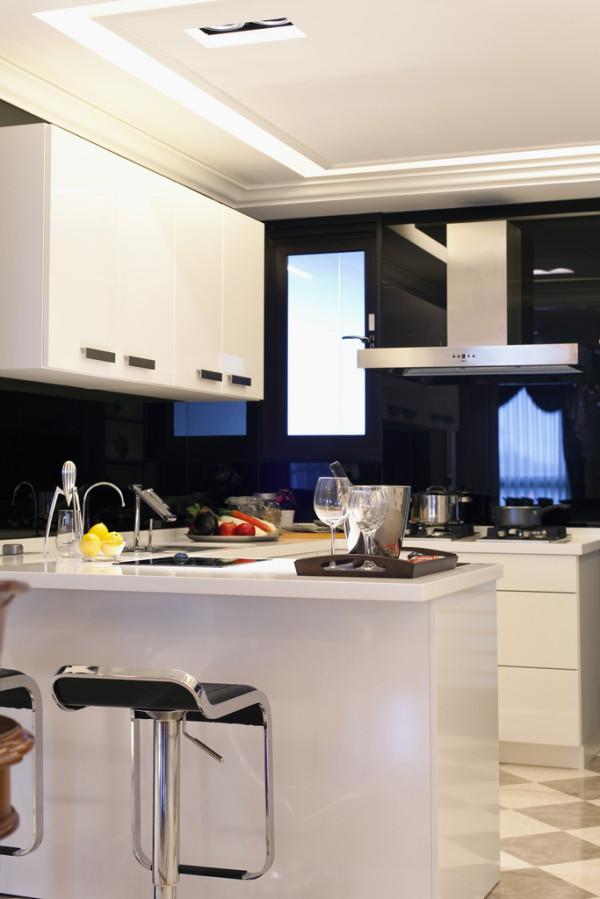 时尚的厨房