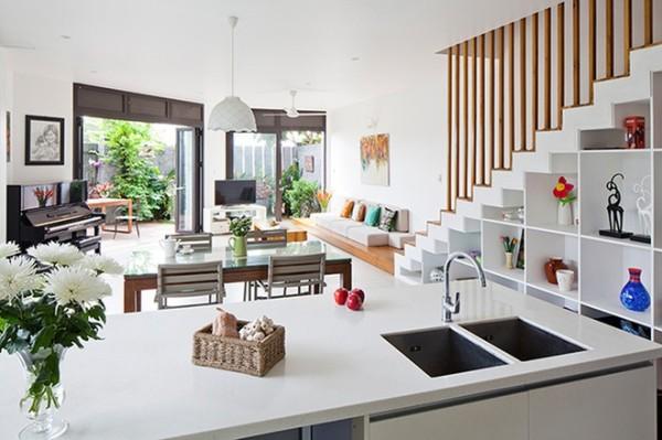 用花草去布置家里,不仅可以让家里看起来更丰富有活力,植物还可以调节室内温度及湿气,省电又环保。
