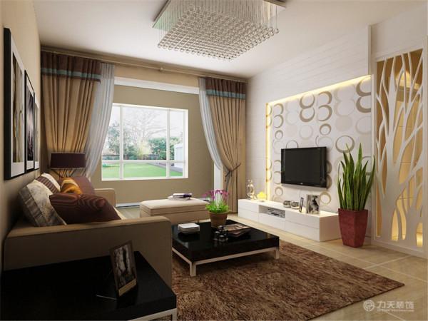 开放式的大厅设计给人以通透之感,电视墙采用温和的灯光和柔美的壁纸,简单的颜色不会造成视觉疲劳,给人束缚的感觉,避免给人带来压迫感,可以缓解业主工作一天的疲惫。