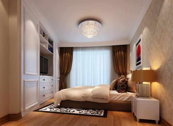 设计理念: 主卧室为异形空间,未设计前主卧室空间收纳空间不够,空间浪费很多,没有品质感,设计后通过一面墙的改动提升了收纳空间,也满足看电视的需求。