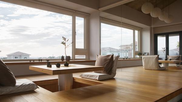 日式的茶室,还可以远眺窗外的风景。