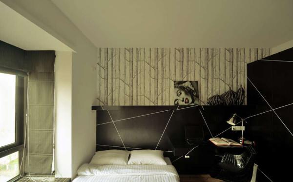 书桌与卧床相结合的设计充分考虑了都市人的生活习惯。