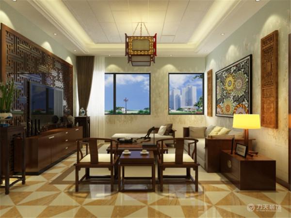 摆设较为简单,活动范围也足够。而且房间里有一个窗户,通风效果和采光效果也会非常好的。再过来是客厅,客厅基本上整面墙上都是窗户而且还跟用户门是正对的,所以这个空间的通风是非常好的,有助于室内的空气新鲜。