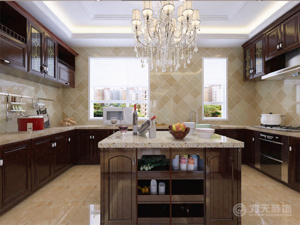 本方案为现代美式风格,现代美式风格追求华丽、高雅的古典风格。客厅作为待客区域,一般要求简洁明快,同时装修较其他空间要更明快光鲜,这不仅反映在软装摆件上对仿古艺术品的喜爱,同时也反映在装修上