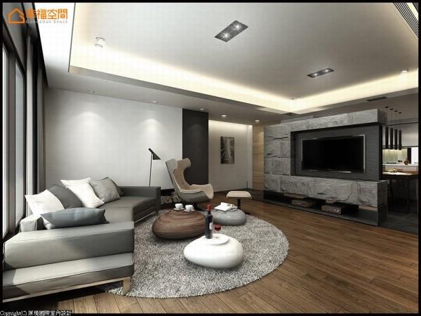 原拥挤、备感压迫的客厅场域,挪用部分主卧空间后,立面处分别刷以马来漆、石材感墙面为造型堆栈,开阔视野同时一并聚焦空间亮点。(此为3D合成示意图)