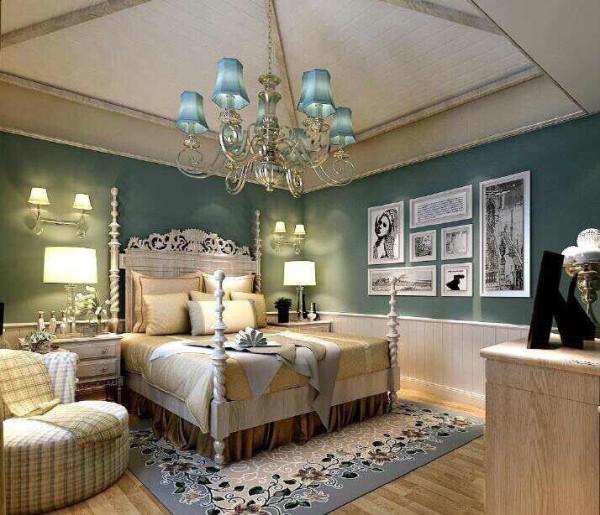 设计师用色很是大胆,暖色调情致风韵,同时加入了法式、美式元素等设计理念,酒店式的尊贵闲适充溢每个角落