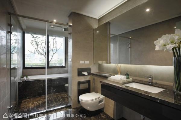 引进德国品牌顶级卫浴设备,让生活更感舒适。