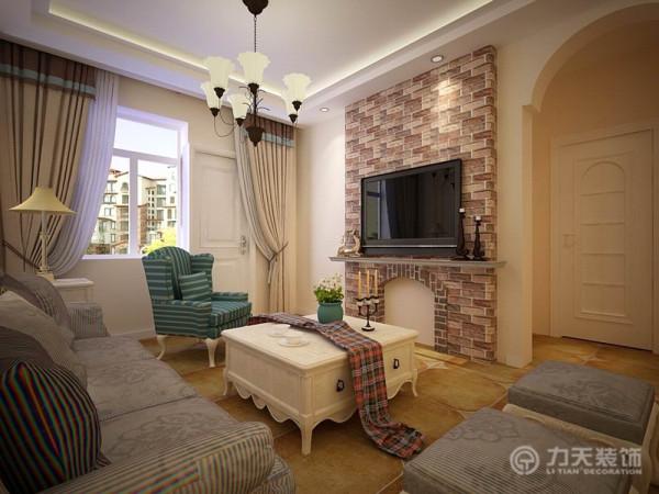 在功能空间和百变空间的位置适合做成通透的整体空间,可用来做次卧室。卫生间有很好的采光和通风,非常合理。主卧室空间采光较好,整体宽敞明亮,可以放置衣柜以及双人床,并且有一个大的飘窗。