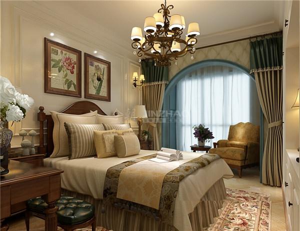 碎花和纯色搭配的窗帘,条纹的窗帘盒床单有一种和谐的美感。