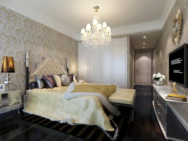 卧室主要是欧式壁纸和画为床头背景墙