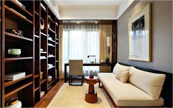 1、书房整面墙书柜配合一体式书桌,简洁大方,充分利用空间。 2、沙发床的摆放是更加人性化的体现。