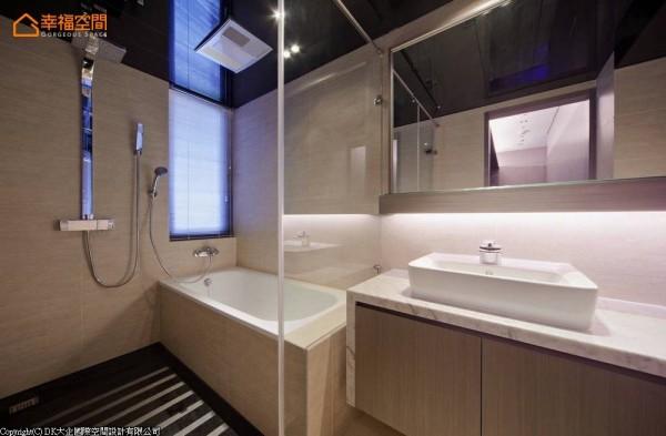 宽敞舒适的湿区范围,提供了精品饭店般的盥浴环境。