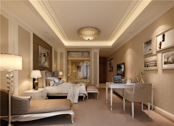 这是一层独立的主人空间,动静区分开,特设一个起居室,供主人休闲娱乐。安静宽敞大气的睡房与衣帽间及卫生间同在一条线上,南北通透。充分利用了每一寸地方即实用又美观。
