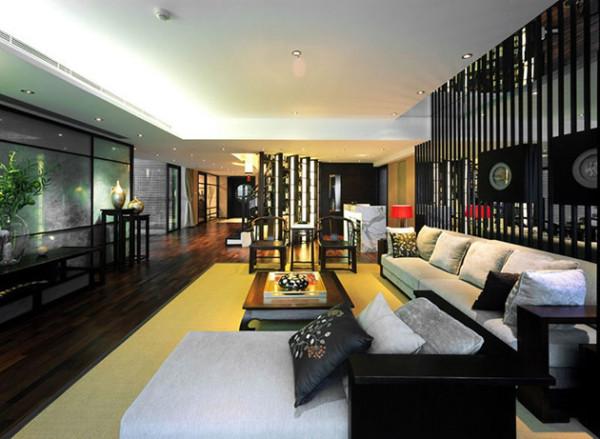 沙发与圈椅的组合兼顾古典与现代。
