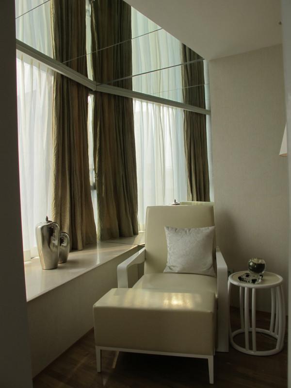 主卧躺椅,可以边喝茶边欣赏窗外的美景