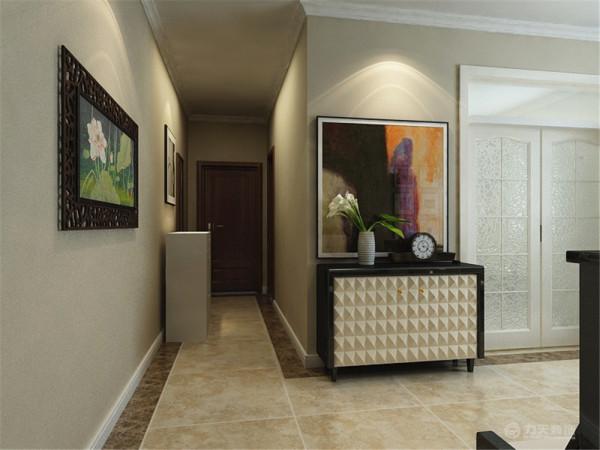 客厅中间以大的吊灯做装饰,简单、美观、大方。又与客厅相互呼应,大方得体。一扇百叶窗拉出了唯美线条,左手的九幅挂画简单大气,素雅的餐桌椅彰显了现代感