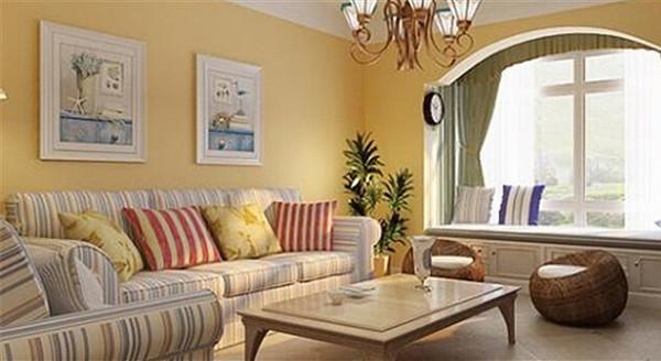 整体效果清新明快,将原来一个卧室改造成了会客用的休闲区,起地台划分区域。在客厅里做一个小阳台,躺在床边,看看窗外的风景,这必然是一种享受。