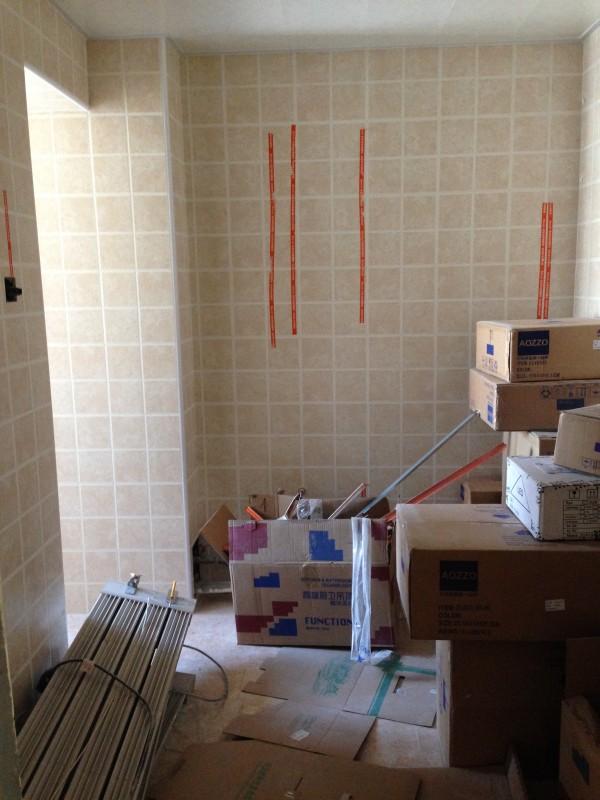 厨房墙地砖铺贴,阴阳角都是直线,厨房墙地砖铺贴,阴阳角都是直线,墙面擦的号干净哦