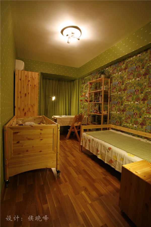 简单、可爱的儿童房
