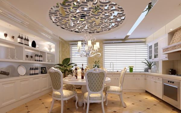 独特的吊顶遮饰了原结构的大梁,镜面的反射效果,能造成拉升层高的视觉效果。