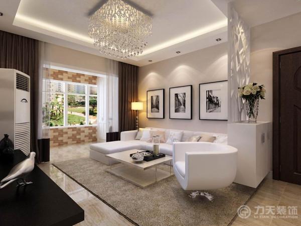 在客厅家具的选择上这里选用了白色布艺的拐角沙发,搭配咖色的地毯,整个空间深沉、大器