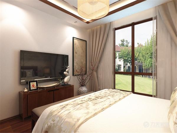整个空间采用了中式家居,增强了传统的气息与韵味。客餐厅和卧室通铺木质地板,与家具,装饰相呼应,更好的营造出古典元素的韵味。营造出温馨和谐的家居生活。