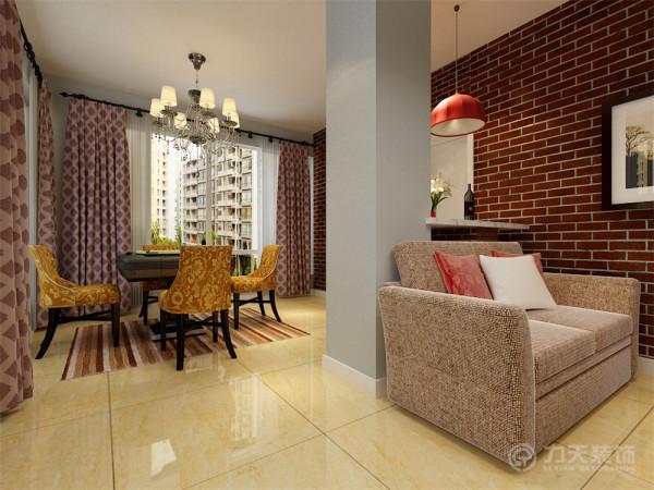 沙发背景墙以简单的现代挂画加以点缀和装饰,沙发旁边的雕花隔断不仅美观,而且还起到明确区域功能的作用