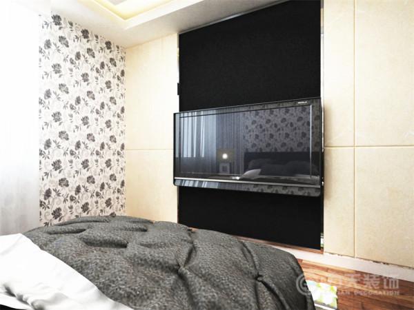 电视背景墙没有做过多的修饰,只是在电视区域刷了黑色的乳胶漆,和旁边的乳白色的大理石形成对比。加以突出。