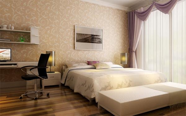 只选择了1.5米的床,没有繁复的造型和多余的软包,反而很简单的体现了卧室应有的作用和功能;