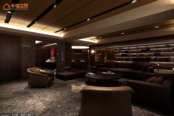 以实木圆桌搭配简洁造型的主沙发,形成内敛而深刻的空间性格。