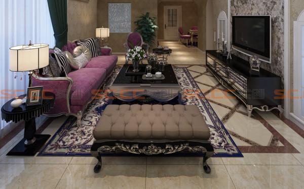 6米高的挑高电视背景墙,气势磅礴,顶面玫瑰金不锈钢嵌条以及非凡气度的水晶大吊灯,可以隐约看到搭配的沙发。电视背景墙上的镜饰更加重了新古典主义的味道,奢华的贵族气息浓郁。