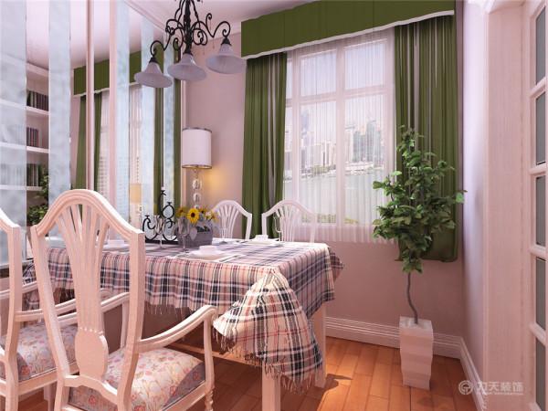 本方案在造型上大都用简单的点、线、面来对空间进行修饰,家具的搭配也选用符合空间主题的色调和造型,适当的饰品配饰来对空间进行中和,欧式经典的元素来修饰空间使整体韵味有强烈的现代效果。