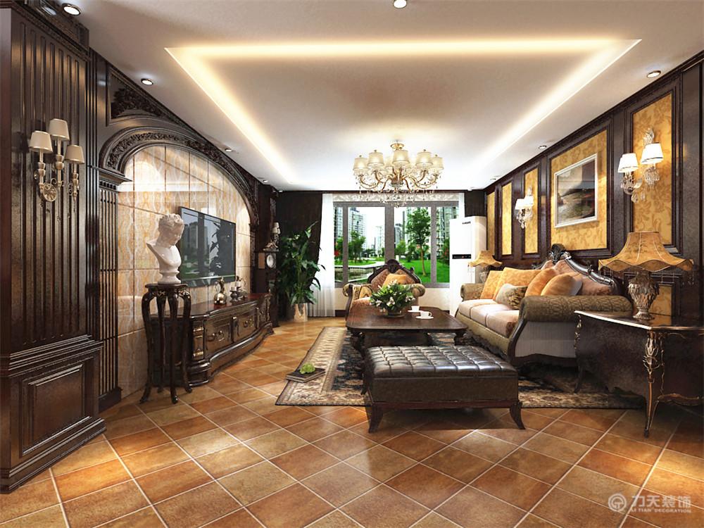 客厅的位置通过沙发背景墙,运用护墙板和壁纸还有各种图片