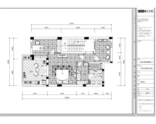 三楼平面方案 本案白色作为空间的主色调,营造出高雅、清新的欧式氛围,同时配上了古典的摆设(如果盘、画、茶几等,使整个空间尽显古典的风韵,又与现代的审美观点完美地融为一体。