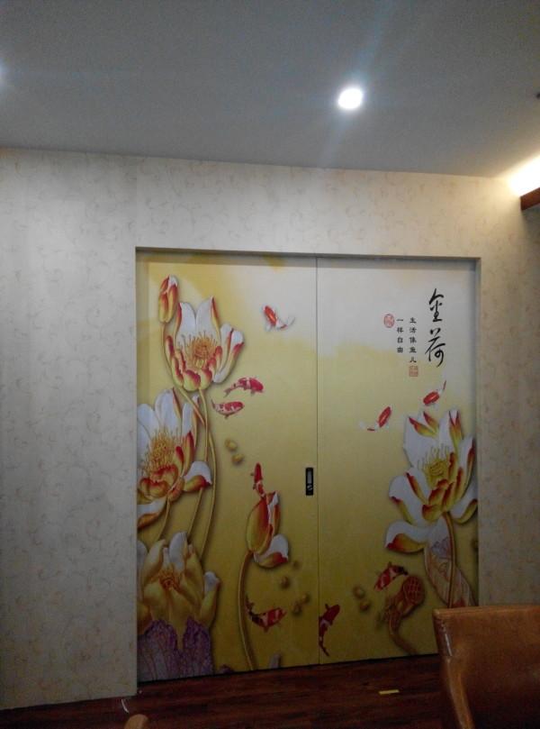 门上贴的壁画