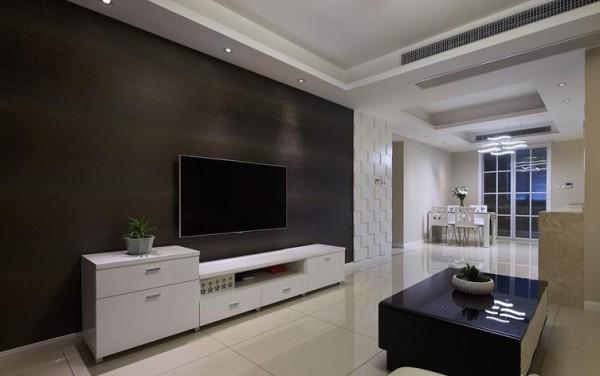 浅咖系的墙面乳胶漆,浅色系的家具。加上超酷的背景墙纸(设计师帮我们敲定这墙纸的时候,着实捏了把汗,但出来的效果全家大赞。)