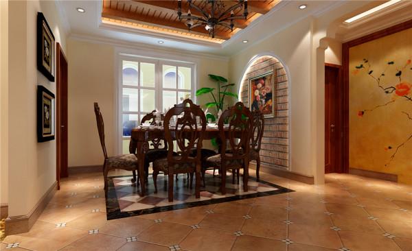 欧式的居室有的不只是豪华大气,更多的是惬意和浪漫。通过完美的曲线,精益求精的细节处理,带给家人不尽的舒服触感。