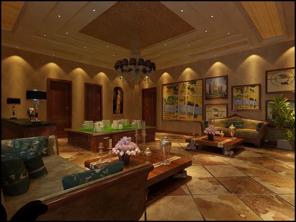 细部的设计既增强了可观赏性,亦使整面墙达到了虚实得当、层次分明的良好的整体效果。站在大厅中央,抬头看那明净的镜面与中央流光溢彩的水晶吊灯交相辉映,熠熠生辉。