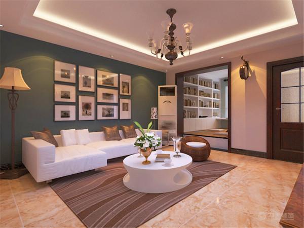 客厅旁边的榻榻米给是整个户型的亮点,增加了房屋内的储物空间和休闲区域。把现代的年轻人安逸随和的生活方式表现的淋漓尽致。