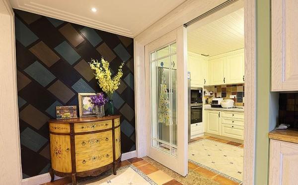 厨房门口的空间