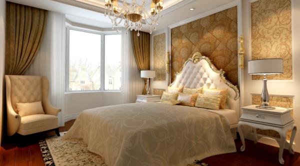 这样的欧式卧室更能体会出它的柔美。也能让欧式的浪漫情愫体现。