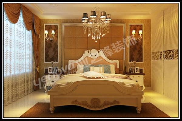 欧式风格的主卧室,不仅大气奢华,更多的是舒适,仿佛为主人编织着一个明快、美好的梦想。