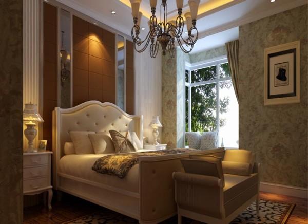卧室:设计理念:展现非常华丽的感觉将其优雅气质散发出来。在卧室的家具配置上尽量采用多功能的家具,既能很好的挥发出它的功能,也能作为一个很好的装饰有的更能多使用功能。