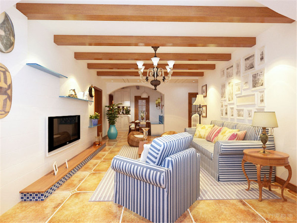 客厅的电视背景墙是以台阶的形式利用蓝白马赛克材质做了这么简单的一个造型为电视背景墙。