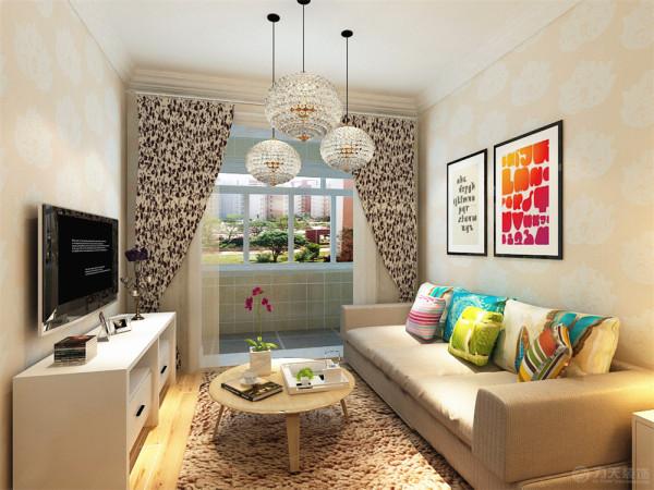 本案室内布置,客厅、卧室:主要是以壁纸为电视背景墙,墙体是以浅色壁纸为整体,鲜艳的纯色画为沙发背景墙;